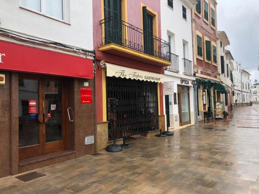 (Fotos) El 65% de la actividad empresarial de Menorca, paralizada por el apagón