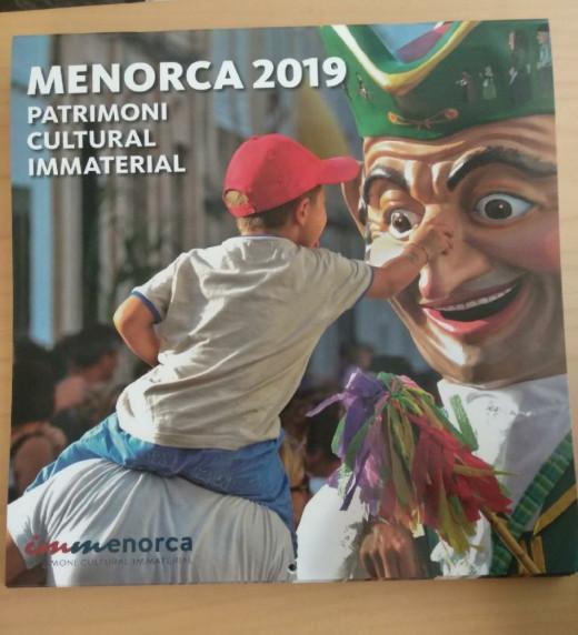 El calendario institucional se podrá conseguir también en Barcelona y Mallorca