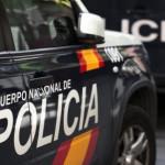 La Policía Nacional detuvo al presunto agresor  de Ciutadella y tras ser atendido por las lesiones autoinflingidas quedó detenido en la ciudad de Ponent.