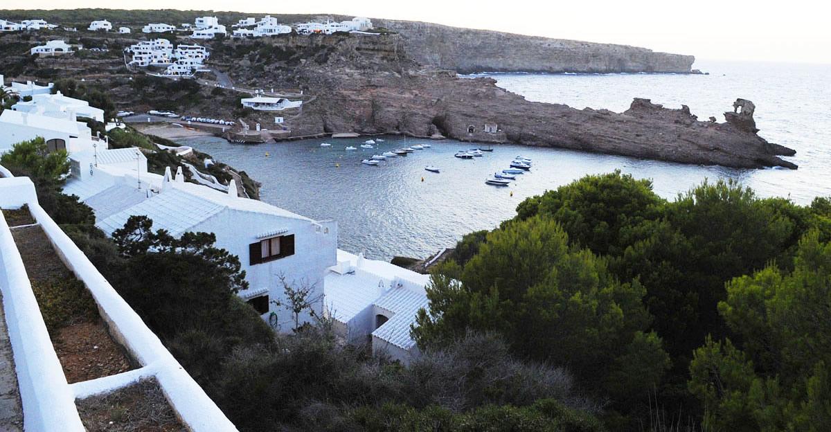 Playas de Menorca Cala Morell, Algaiarens y Cala Pilar
