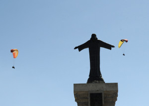 Vuelo sobre el Monte Toro (Fotos: Tolo Mercadal)