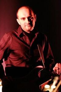 Oliver era letrista y guitarrista del grupo Antònia Font.