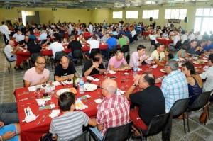 Momento de la comida en el Recinte Firal (Fotos: Tolo Mercadal)