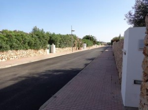 Imagen del nuevo asfalto de Trebalúger.
