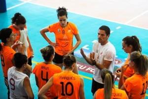 Llorens, dando instrucciones (Foto: Tolo Mercadal)