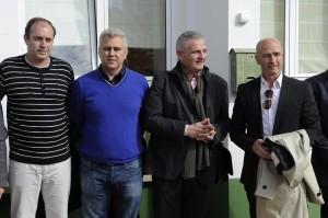 Florencio Conde junto a los líderes del PI.