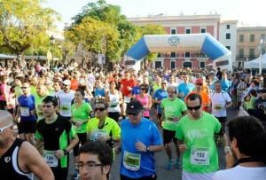 Participantes en la Mitja Marató de Ciutadella.