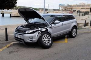 Imagen del coche siniestrado (Fotos: Tolo Mercadal)