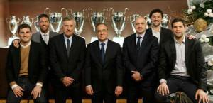 Llull, junto a presidente, entrenadores y capitanes (Foto: realmadrid.com)