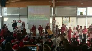 La orquesta del proyecto 'Cuatro cuerdas' en su estreno. Foto: Joventuts Musicals Maó.