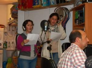 Momento de la grabación de la canción de voces de 'Somni del Nadal'.