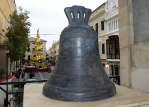 La campana está lista, sólo falta la estructura que la sustenta