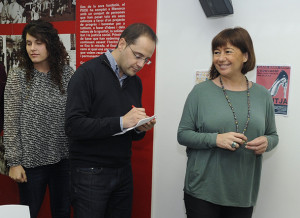 César Luena junto a Francina Armengol y Noemí Camps en Maó.