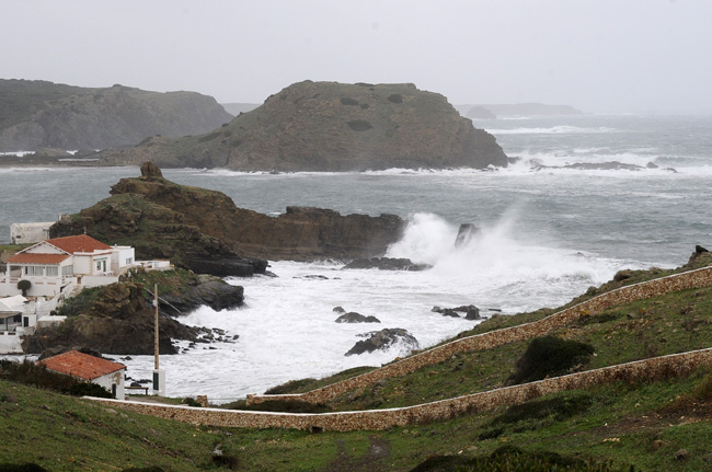 El viento con fuerte de 7 a 8 provocará grandes olas