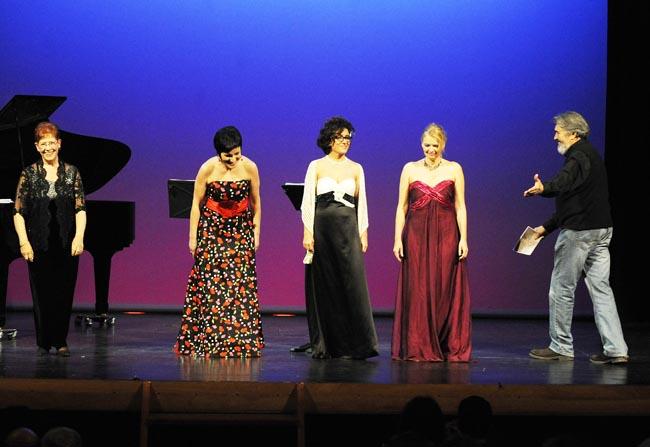 concierto lirico de sopranos en el orfeon mahones