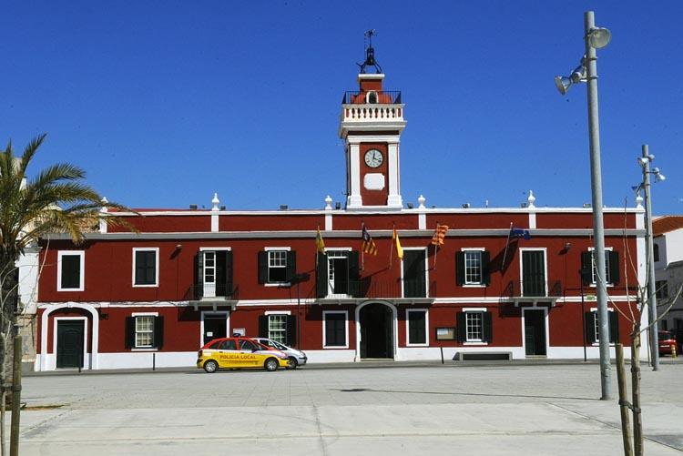 ajuntament ayuntamiento de es castell