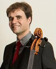 El violonchelista Amat Santacana.