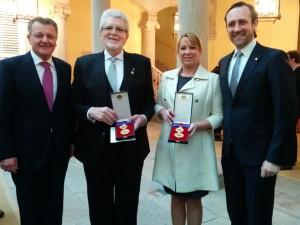 Pons y Reynés, con las medallas.