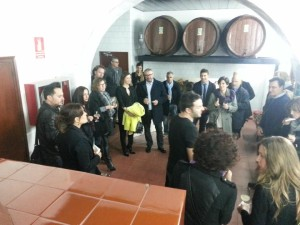 Asistentes, en las instalaciones de Gin Xoriguer en Mahón. FOTO.- Chefs(in)