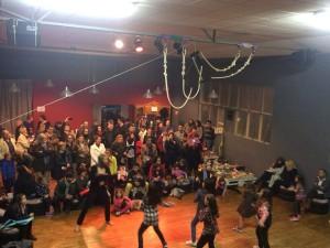 Una de las actuaciones que jalonaron la fiesta. FOTO.- Maitane Polo