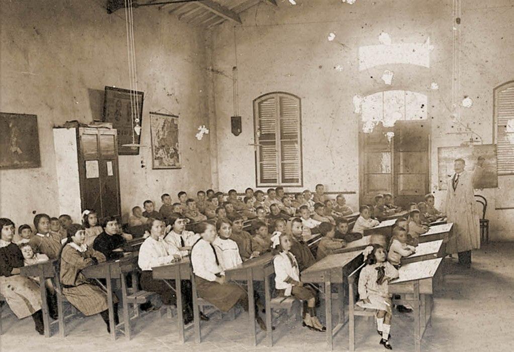 Imagen portada 'Moviment obrer i escoles laiques a Menorca (1900-1939)'