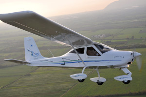 Uno de los aviones que podría aterrizar en breve en el aeródromo.