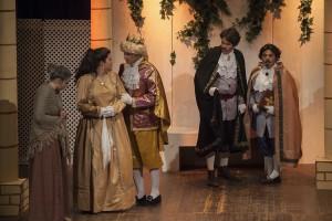 Momento de la representación de 'El Rei Pepet' en el 17 de Gener. Foto: Tolo Frau.