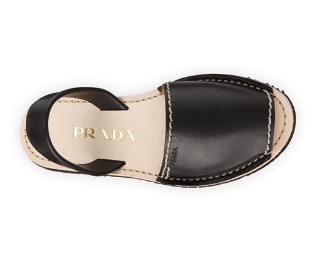 Sandalia Prada..