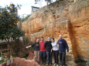 Voluntarios en el Centre de Recuperació de Fauna Silvestre de Menorca. Foto: GOB-Menorca.