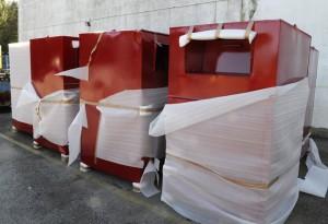 contenedores de caritas para ropa usada