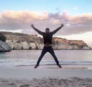 Perea, en la playa de Macarelleta (Foto: Fran Perea)