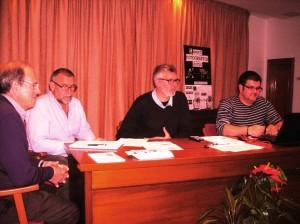 Miembros de la junta directiva del Fotoclub Cercle Artístic.