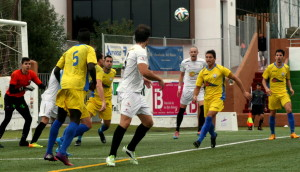 Imagen del partido de la primera vuelta que acabó 3-3.