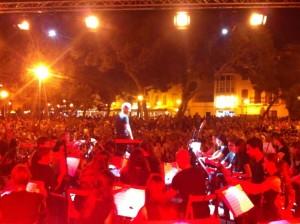 La Banda de Ciutadella en una actuación en la plaza des Pins en verano de 2014. Foto: Banda de Ciutadella.