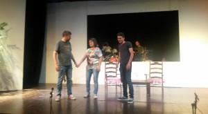 Toni, Sili y Joan, tres de los protagonistas, en un ensayo. Foto: 'Notes de Menorca'.