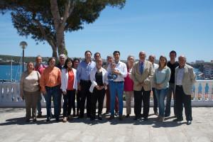 Andrés Spitzer (en el centro) lidera la candidatura de Ciudadanos en Maó.