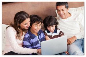 El objetivo es reflexionar sobre el impacto de las nuevas tecnologías en diferentes perspectivas de la familia.
