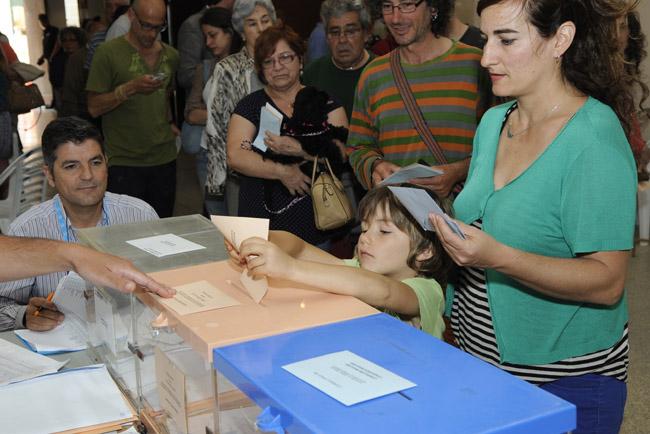 elecciones municipales y autonomicas 2015dia de votaciones