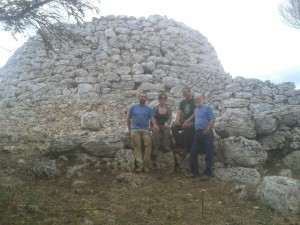 Los codirectores de la excavación: Lluís Plantalamor, Antoni Ferrer, Montserrat Anglada y Damià Ramis. Foto: Consell Insular de Menorca.