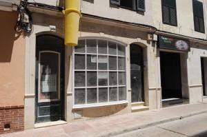 El edificio que acogerá la nueva tienda en Maó pasó a Caritas por una herencia. FOTO.- Tolo Mercadal