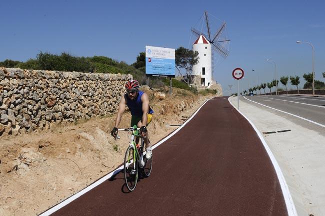 El nuevo carril bici se construirá al norte y paralelo al que ya existe entre Maó y Es Castell