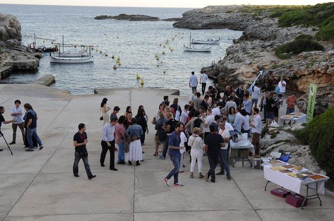 inauguracion menorca millennials en el poblado de pescadores de binibeca