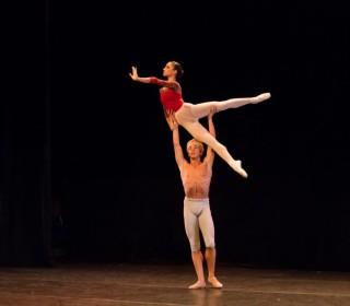 Espectaculares coreografías para despedir el curso internacional de ballet