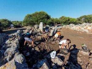 Imagen de la excavación del año pasado. Foto: Associació d'Amics del Museu de Menorca.
