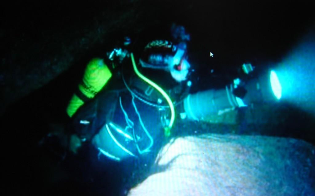 Bajo el mar de Menorca. Cova de s'embut. José Muñoz llopis