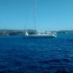 Vista del velero rescatado por Salvamento Marítimo. FOTO.- S.M.