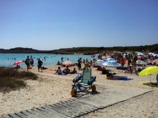 Playas accesibles en Menorca.  FOTO.- Mobility Scooters Menorca