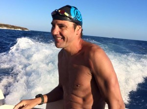 Christian Jongeneel, ya en Menorca. Foto: Menorca Channel Swimming Association.