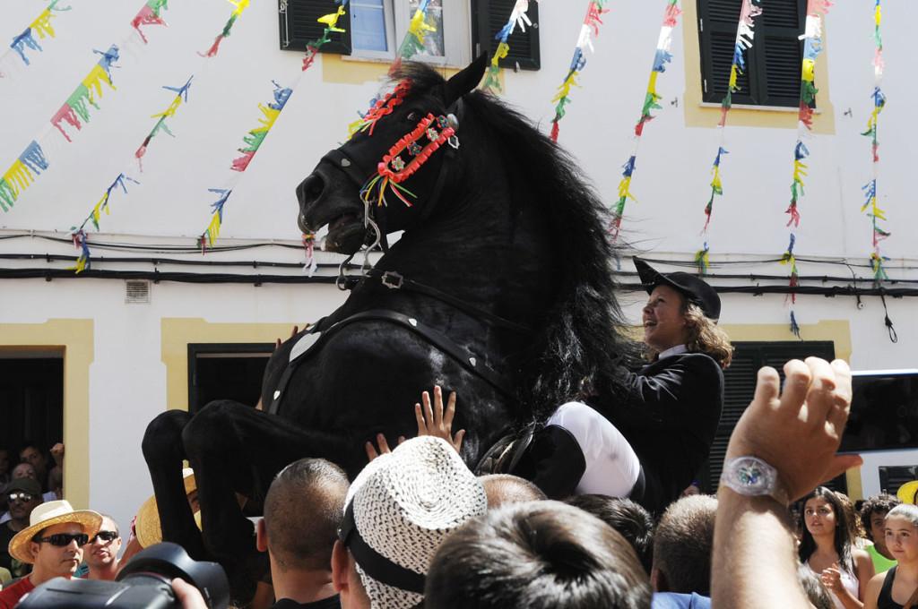 Fiestas de Es Migjorn Gran. Foto: Tolo Mercadal.