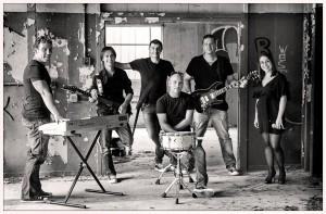 Los seis integrantes de la Jukebox Band Menorca. Fotos: Jukebox Band Menorca.